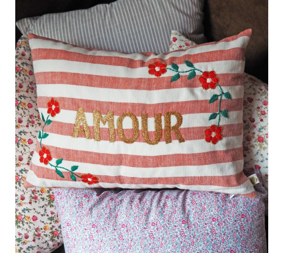 COUSSIN RAYE SAUMON BRODE AMOUR